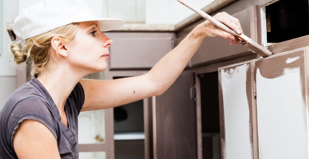 Zelf je keukenkastjes schilderen