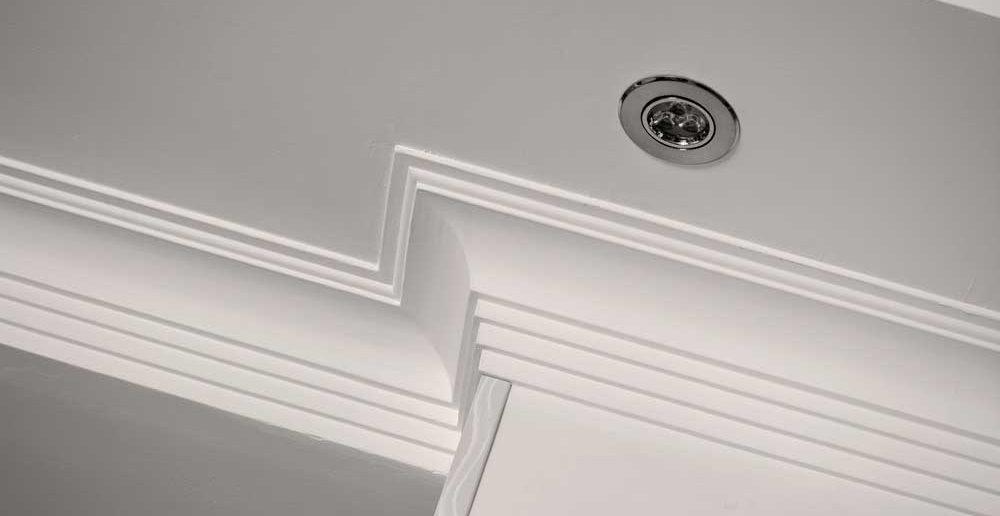 Meer ruimte te benutten met het plafond in de oude stijl