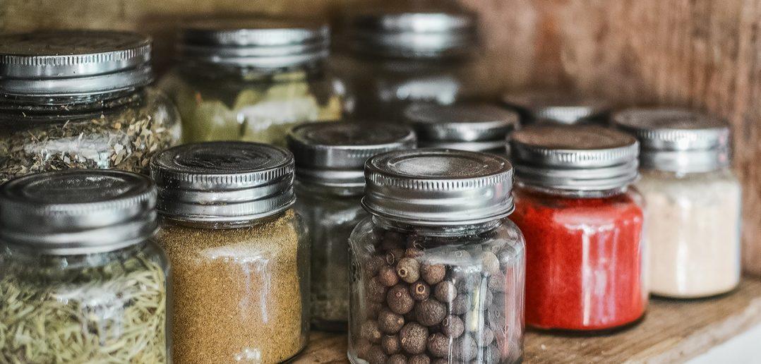 Minimalisme in de keuken: zo doe je dat!