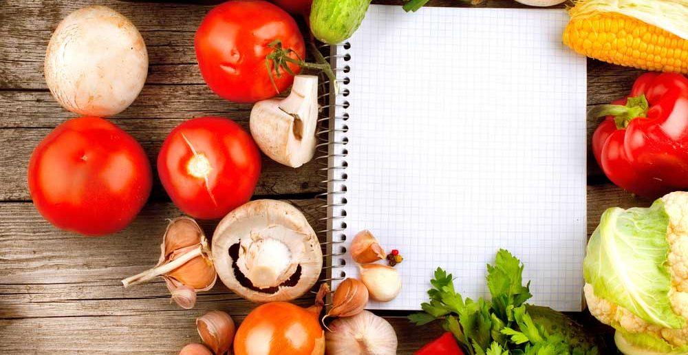 Kookboeken tentoonstellen in de keuken: tips en inspiratie
