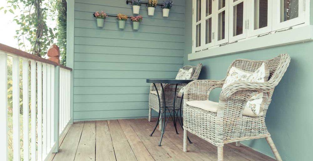 Tip voor een klein balkon: houd het minimalistisch