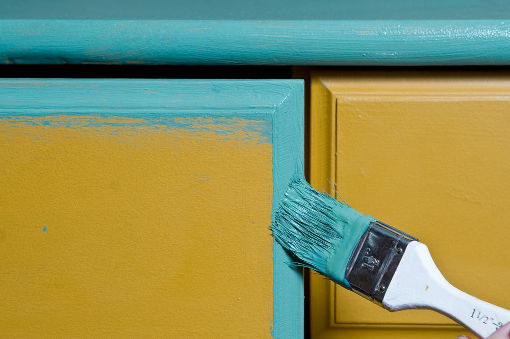Zelf meubelstukken schilderen: tips en tricks