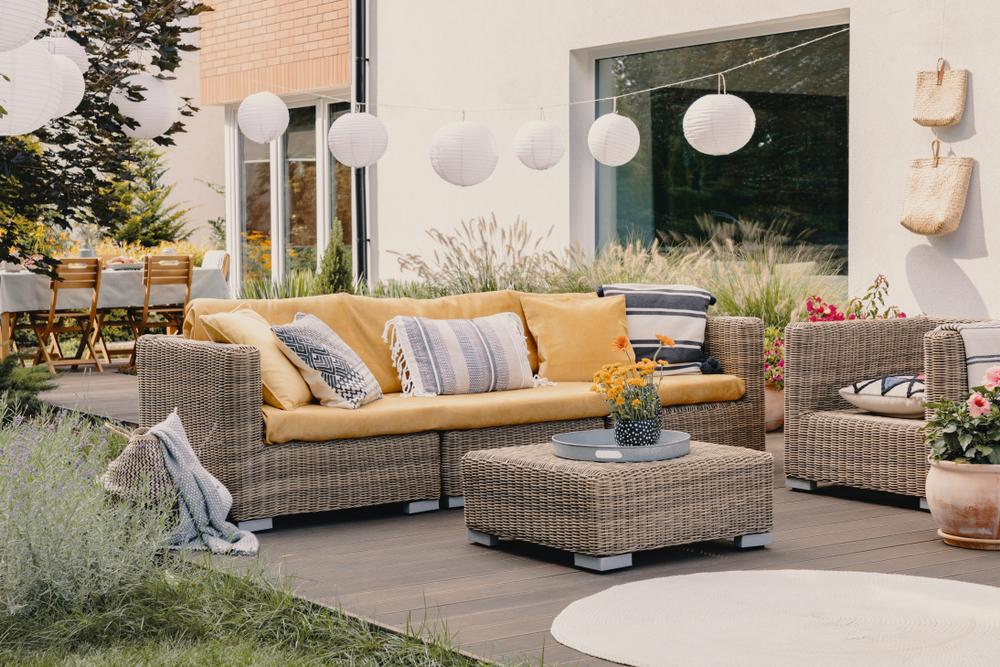Een Ibiza stijl interieur in de tuin: tips en meer