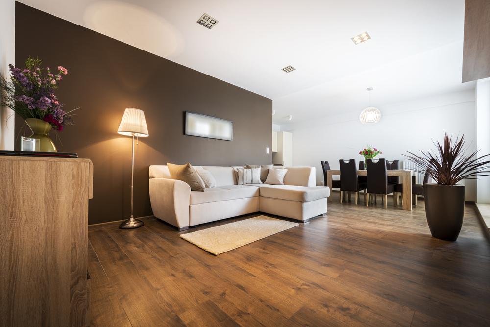 Je houten vloer onderhouden: lees onze essentiële tips!