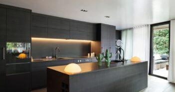 Moderne zwarte keuken 7x inspiratie