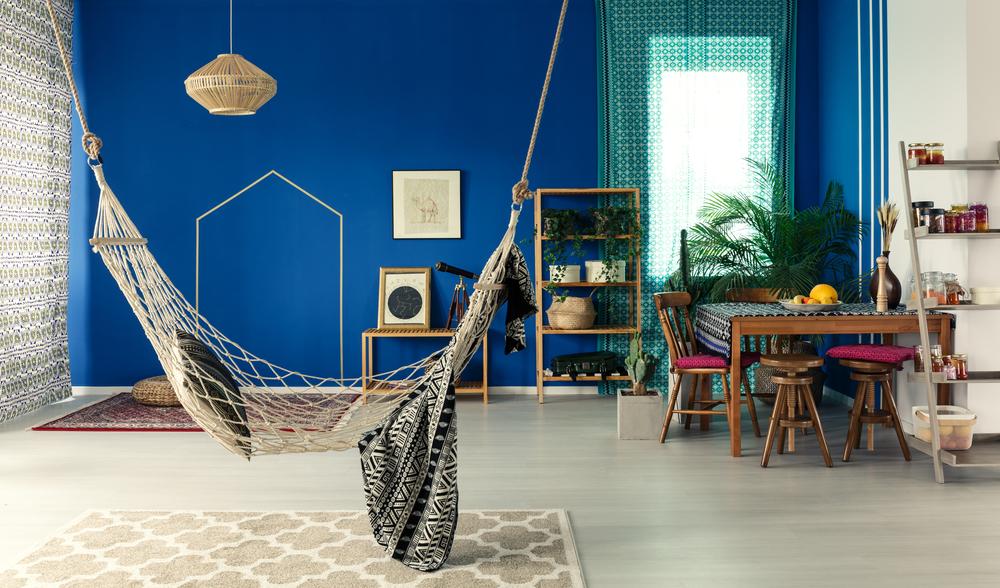 Boho accessoires in huis: hangmat of hangstoel