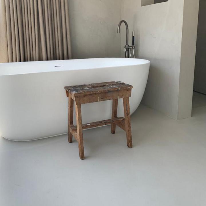 Zelf een badkamer gietvloer aanbrengen