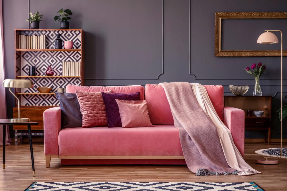 Gekleurde meubelen: roze