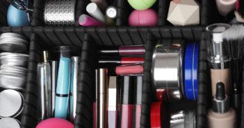 Je make-up voorraad mooi opbergen: 5 handige tips en tricks